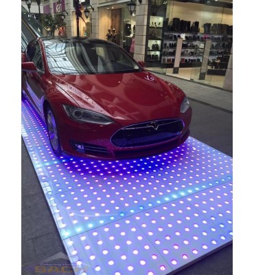 Puzzle-Catwalk Led ShowRoom...